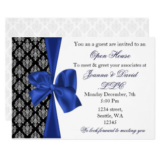 Cartão convite incorporado do marinho à moda elegante