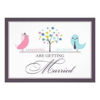 Convite liso dos pássaros dos noivos do casamento