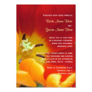 Convite macro do casamento do tiro da flor