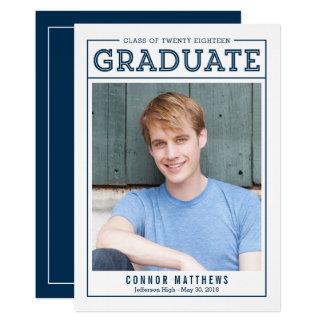 Convite moderno do anúncio da graduação do