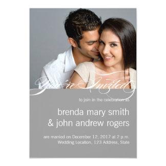 Convite moderno simples do casamento da foto do
