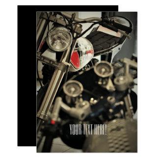Convite multifacetado do motociclista da