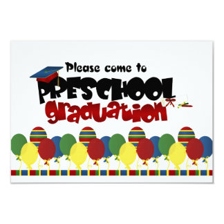 Convite pré-escolar do anúncio da graduação