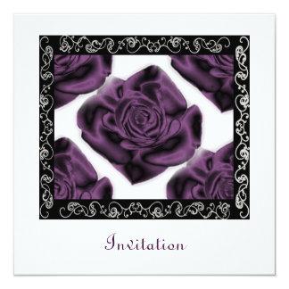 Convite quadrado dos rosas roxos