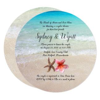 Convite redondo do tema da praia do chá dos casais