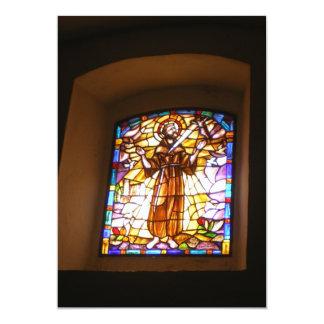 Convite religioso da janela de vitral
