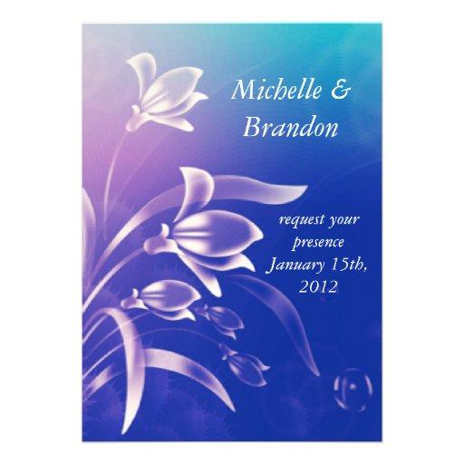 Convite roxo azul do casamento da flor