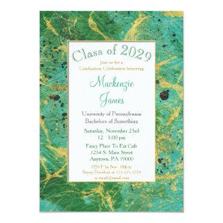Convite verde da graduação do abstrato do ouro da