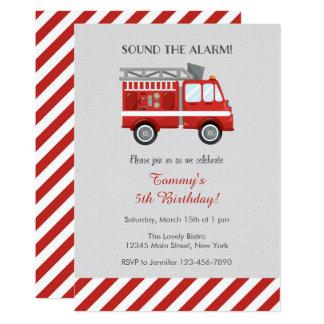 Convite vermelho do aniversário do carro de