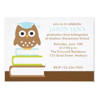Convites azuis da festa de formatura da coruja