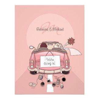 Convites cor-de-rosa bonitos do carro de fuga da n