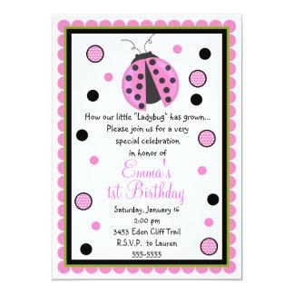 Convites cor-de-rosa do aniversário do joaninha