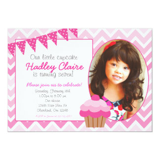 Convites cor-de-rosa do convite do aniversário do