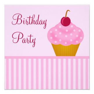 Convites de festas de aniversários do cupcake da convite quadrado 13.35 x 13.35cm