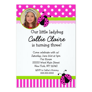 Convites do aniversário do joaninha do rosa quente