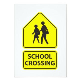 Convites do sinal do cruzamento de escola
