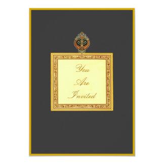 Convites dourados do casamento do coração