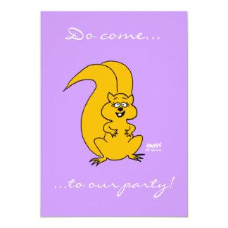Convites engraçados do esquilo bonito dos desenhos