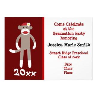 Convites prées-escolar da graduação do macaco lega