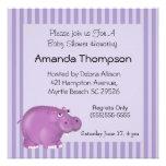 Convites roxos do chá de fraldas do hipopótamo