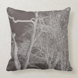Copas de árvore do inverno/verão travesseiro de decoração