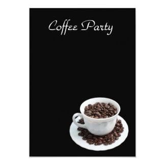 Copo com feijões de café convite 12.7 x 17.78cm