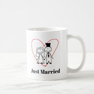 Copo da caneca de café do recem casados