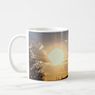 Copo de café novo do pôr-do-sol do rio/caneca caneca de café