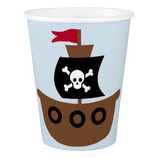 Copo de papel com navio de pirata