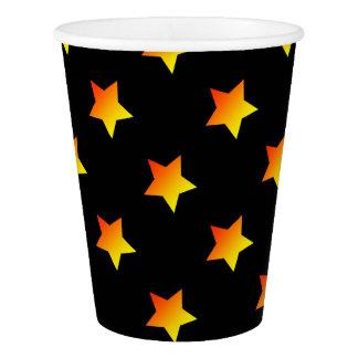 Copo De Papel Estrela alaranjada brilhante no preto