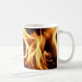 Copo do fogo caneca de café