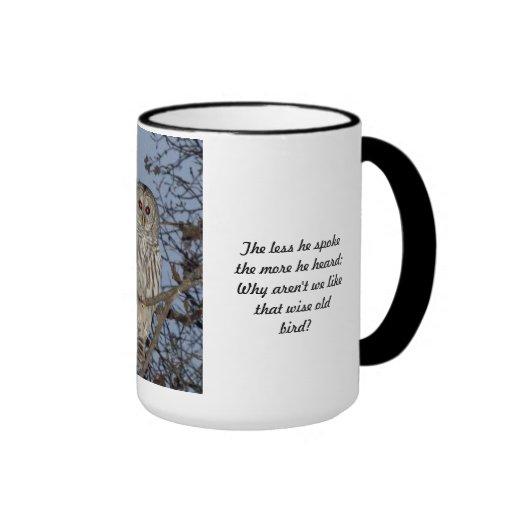 Copo velho sábio da coruja - menos falou o copo canecas