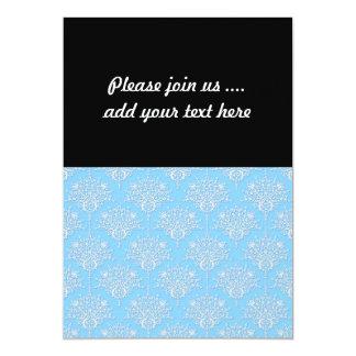 Cor damasco floral azul pálido e branca convite 12.7 x 17.78cm