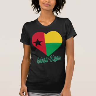 Coração da bandeira de Guiné-Bissau Camisetas