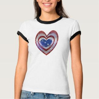 Coração da bandeira dos EUA T-shirt
