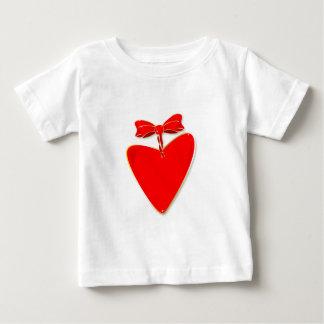 Coração da fita camiseta para bebê