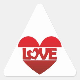 Coração da ilustração com AMOR da rotulação no Adesivo Triangular