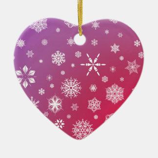 Coração de queda dos enfeites de natal da neve