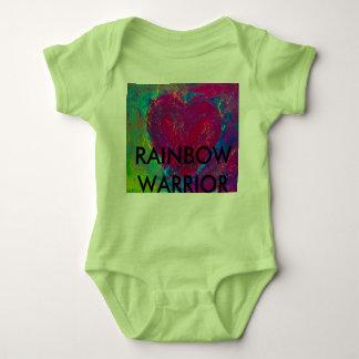 Coração do abstrato do guerreiro do arco-íris body para bebê