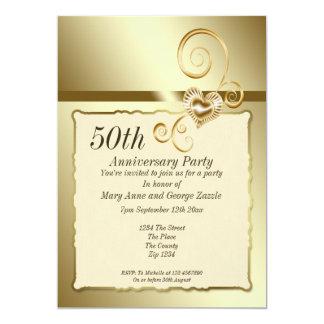 Coração do aniversário de casamento dourado convite 12.7 x 17.78cm