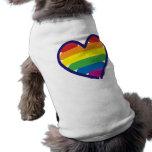 Coração do arco-íris do orgulho gay camisa sem mangas para cachorro