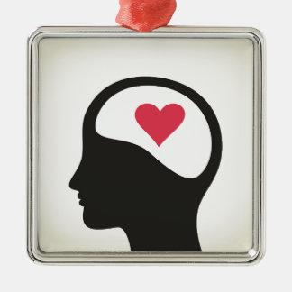 Coração em uma cabeça ornamento de metal