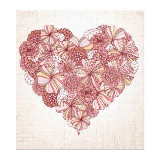 Coração feito de flores tiradas mão impressão em tela