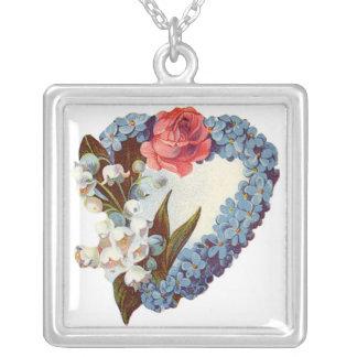 Coração floral azul customizável colar com pendente quadrado