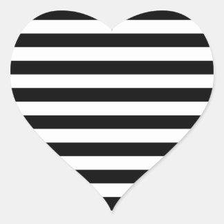 Coração listrado adesivo em forma de coração