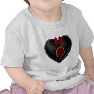 Coração preto do cetim