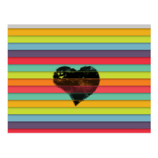 Coração preto no fundo funky dos azulejos cartão postal