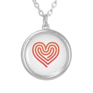 Coração quente colar banhado a prata