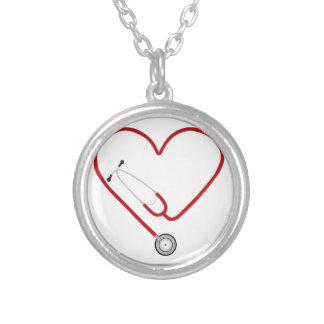 coração stethoscope.jpg pingente