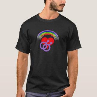 Coração T do arco-íris dos homens Camiseta